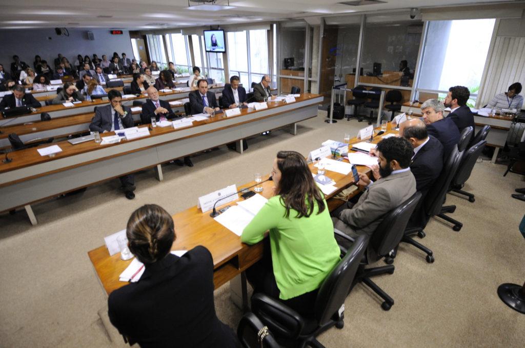 Em nota técnica, pesquisadores questionam medidas propostas por deputados para combater crimes contra a honra. Foto: Pedro França/Agência Senado