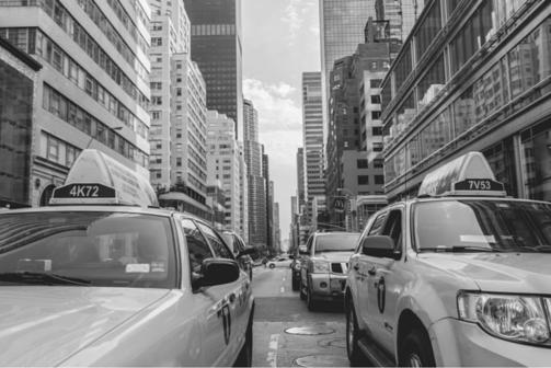 Entenda a discussão sobre a regulamentação de serviços como o Uber em São Paulo