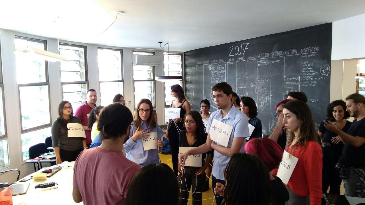 """The first edition of the InternetLab School: """"Telling the stories of the future: journalism and Internet policies"""" began today. Meet the participating journalists and see photos from the first day."""